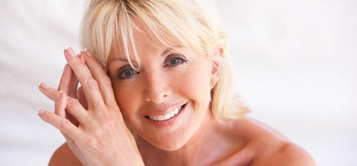 Entstehung von weißen Flecken auf den Zähnen